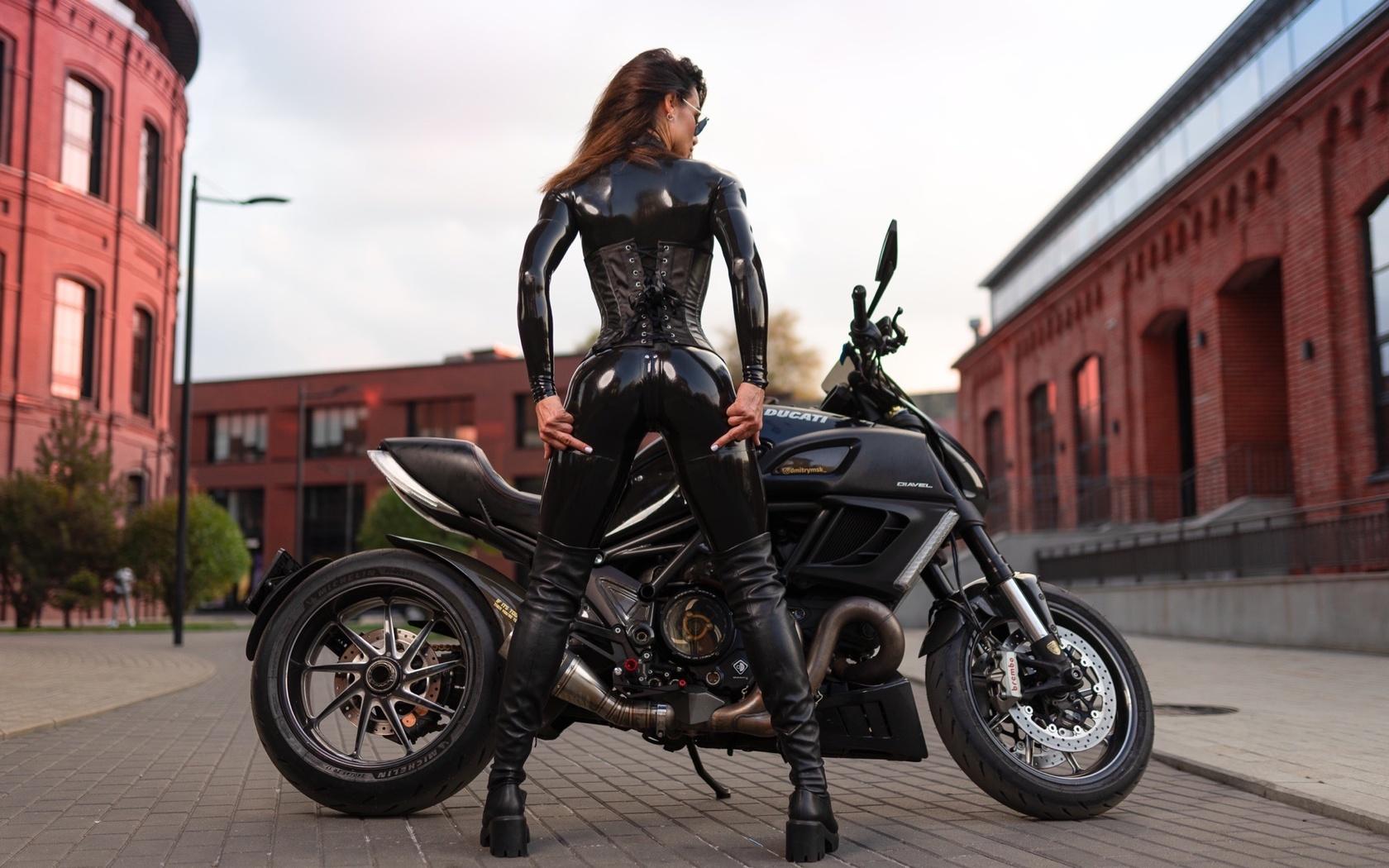 ducati, мотоцикл, байк, таша зайцева, модель, илья пистолетов, латекс