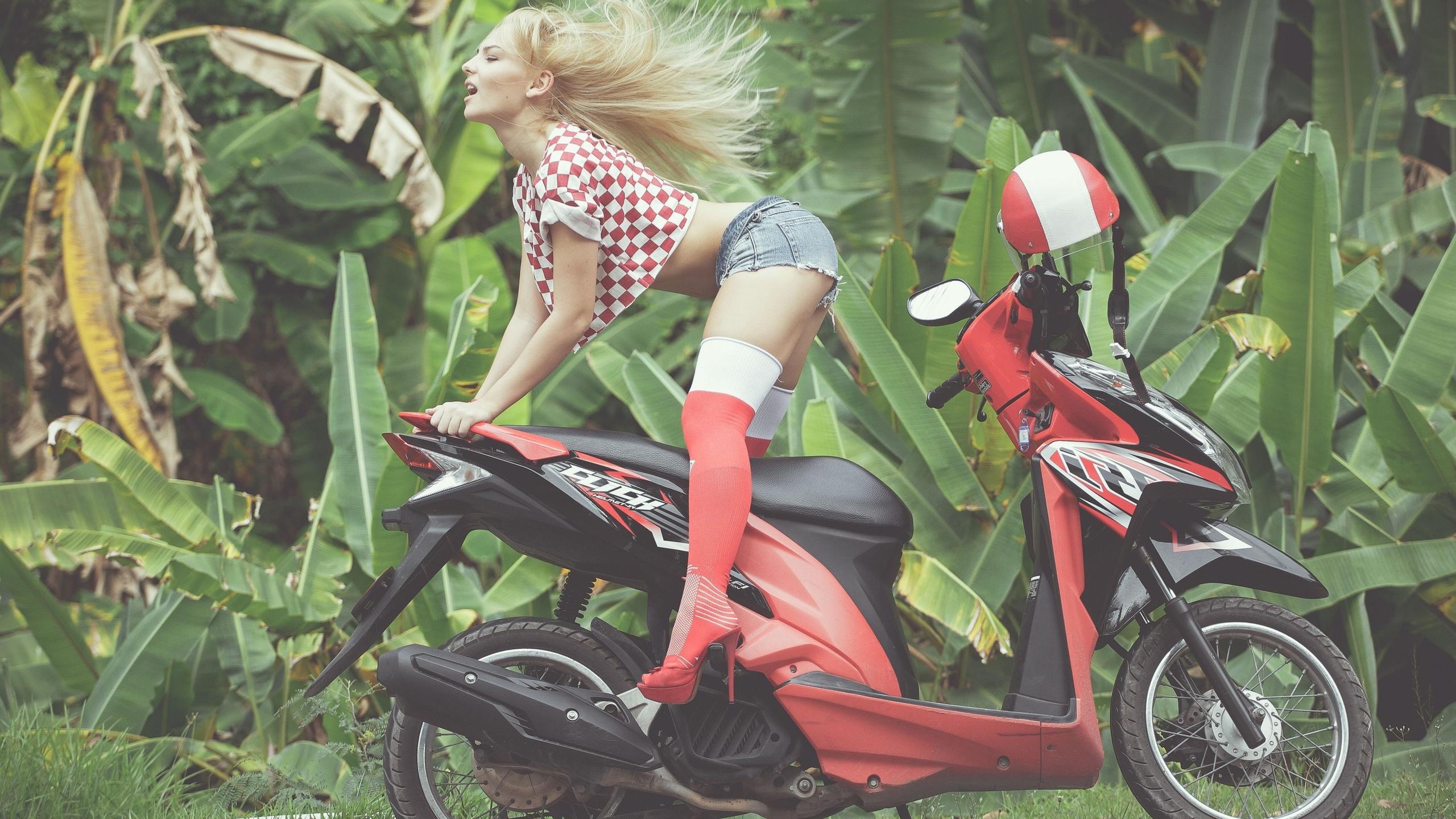 tatyana georgieva, девушка, скутер
