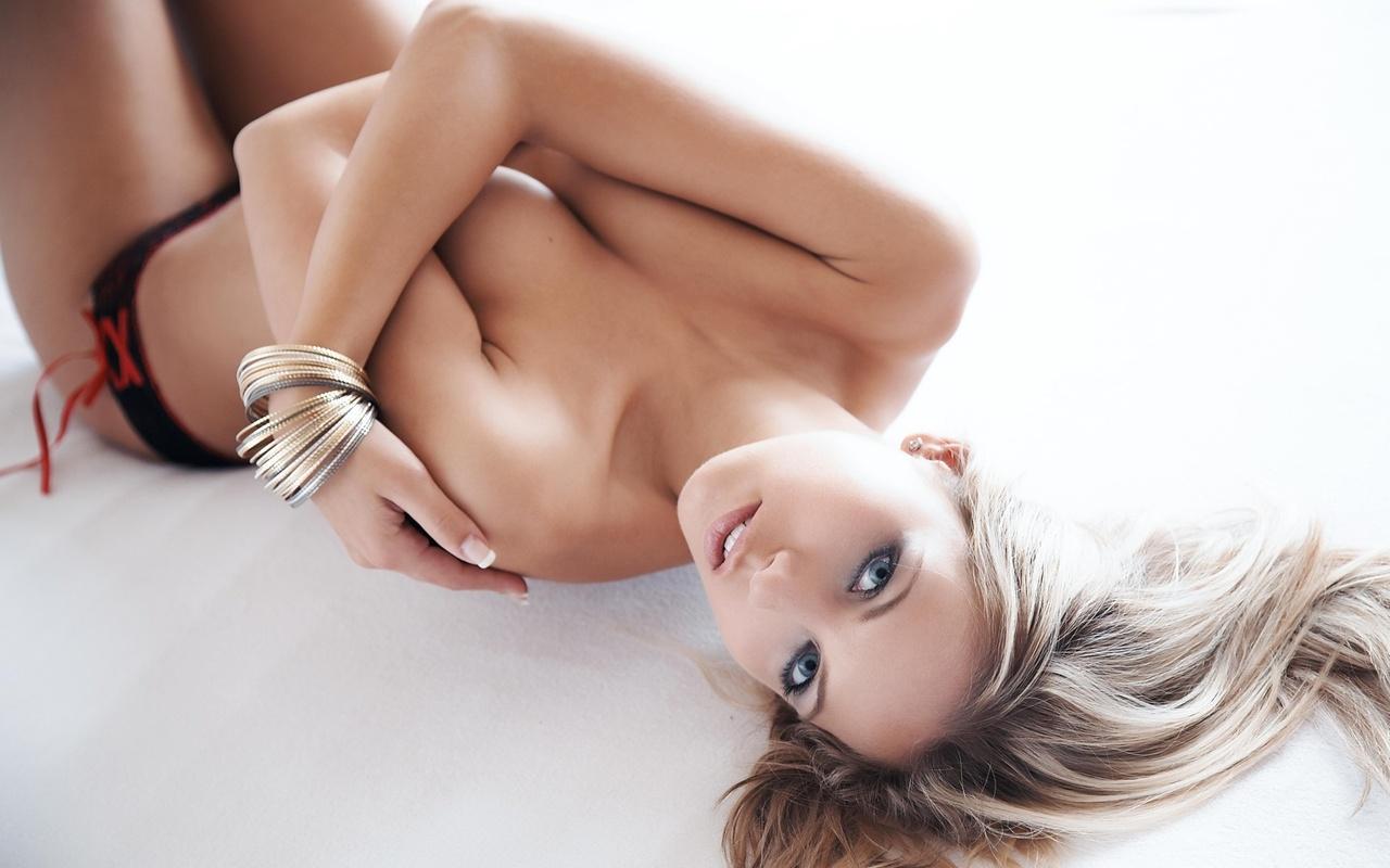 blonde, beautiful, bed, cute, pretty, babe, boobs, blue eyes, model, sexy, women, hot, ass, window
