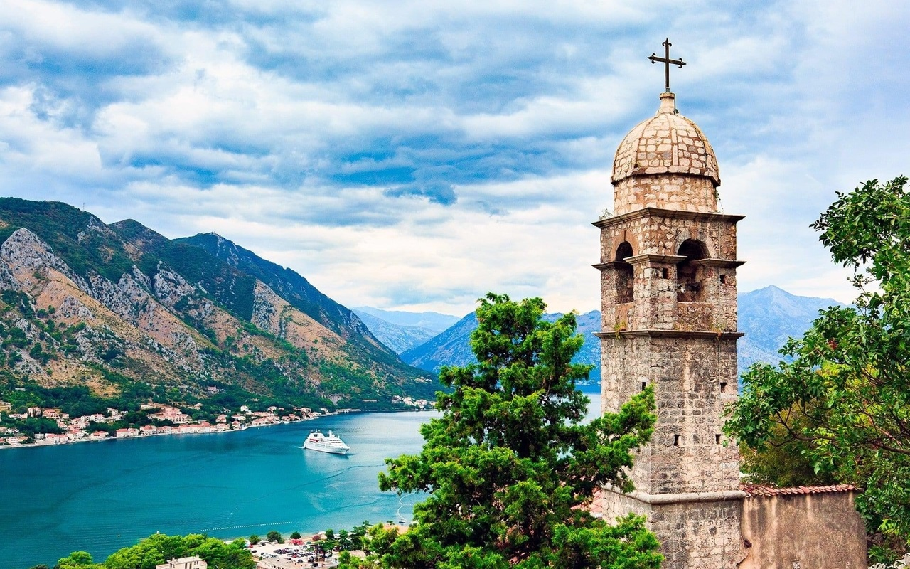 горы, природа, церковь, река, катер