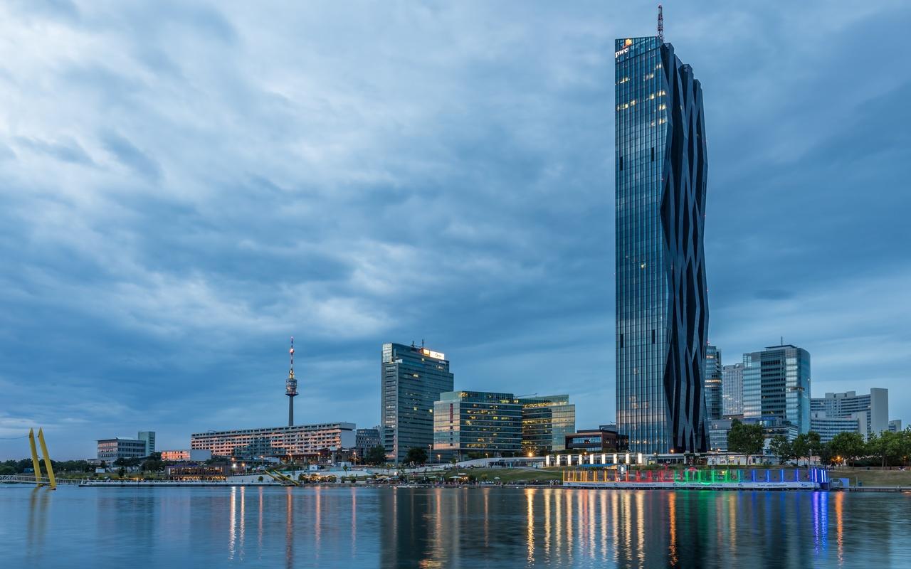 небоскребы, вена, австрия, вечер, dc towers, danube river, город