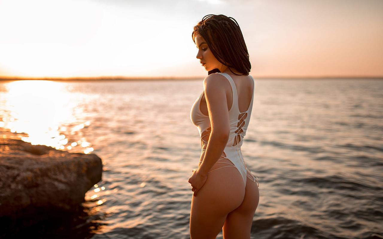 women, sunset, ass, one-piece swimsuit, women outdoors, brunette, sky