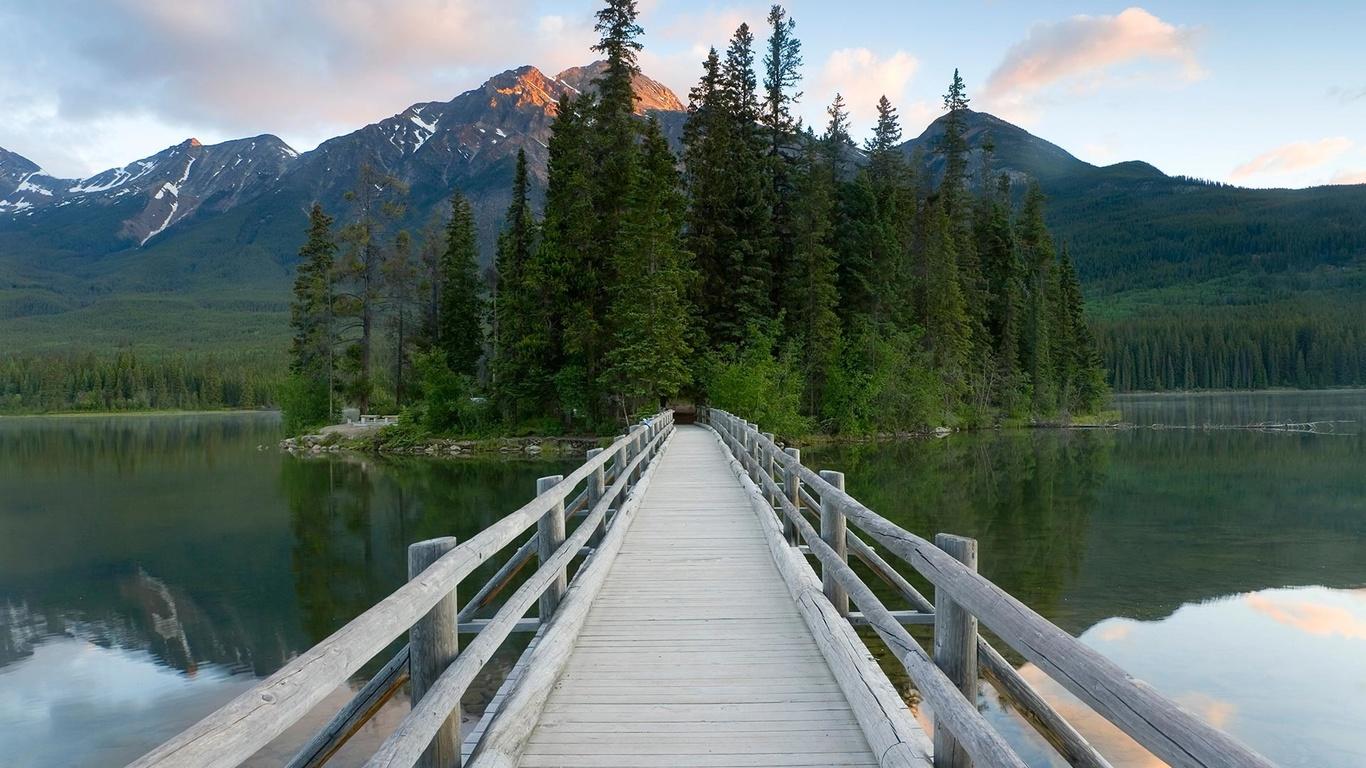 пейзаж, горы, природа, озеро, канада, jasper, леса, мостик, дорожка, национальный парк, national park, джаспер