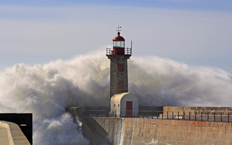 маяк, волна