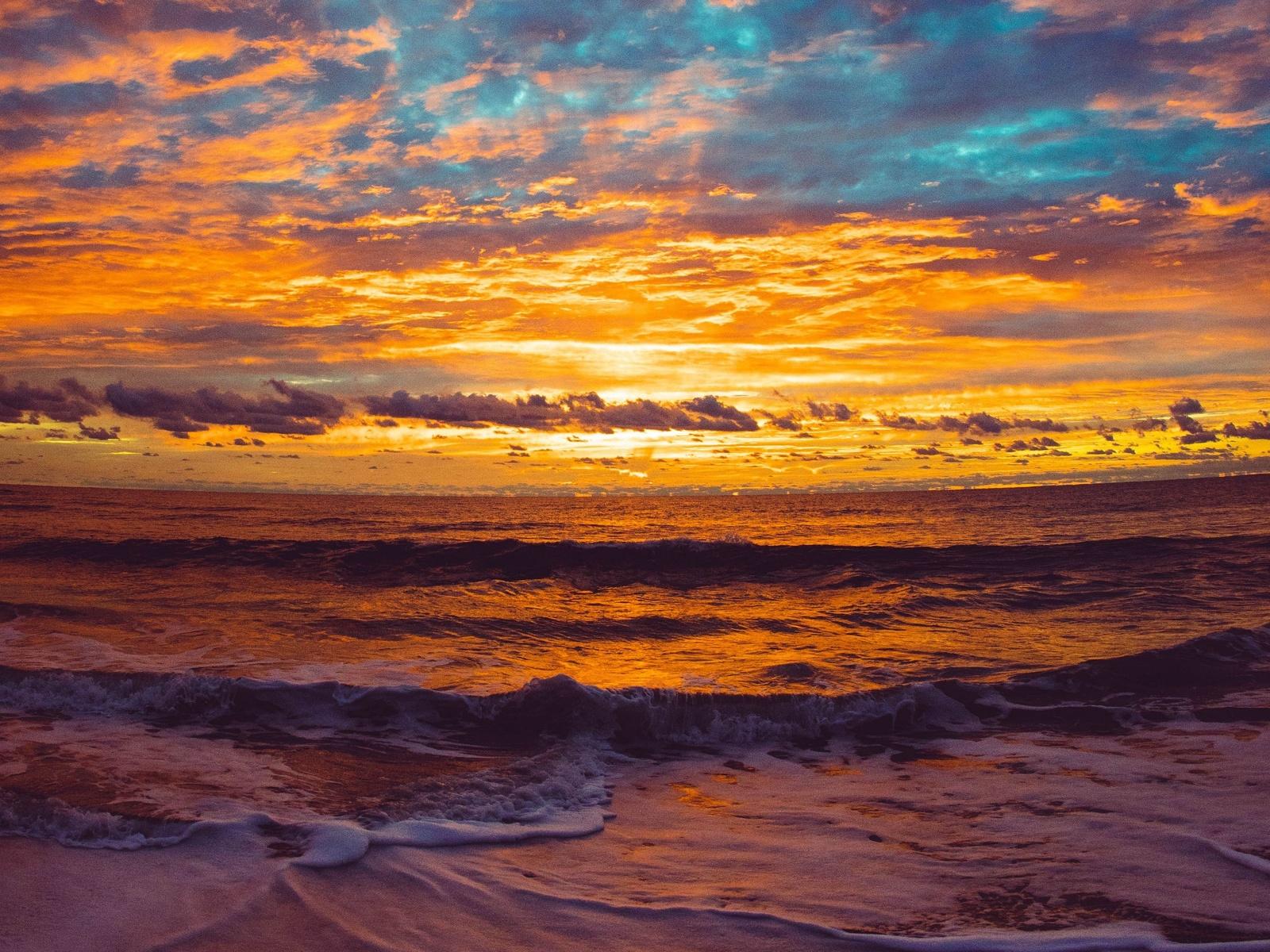 море, закат