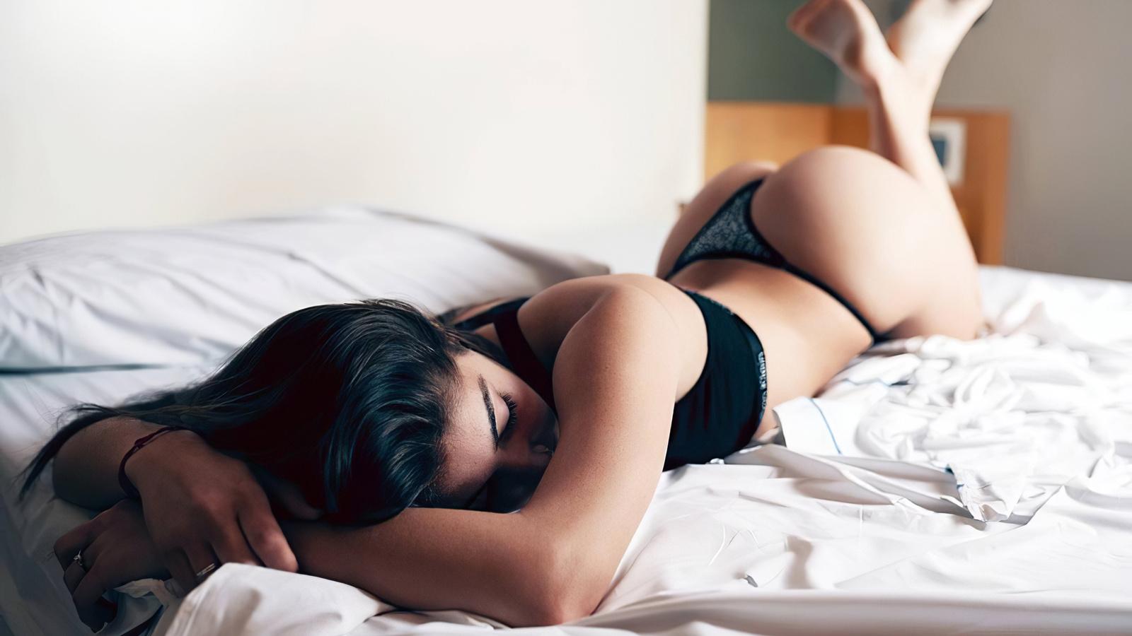 brunette, model, cute, sexy, panties, pretty, girl, women, woman, hot, ass, bra, thong, bed, window, wall, relax