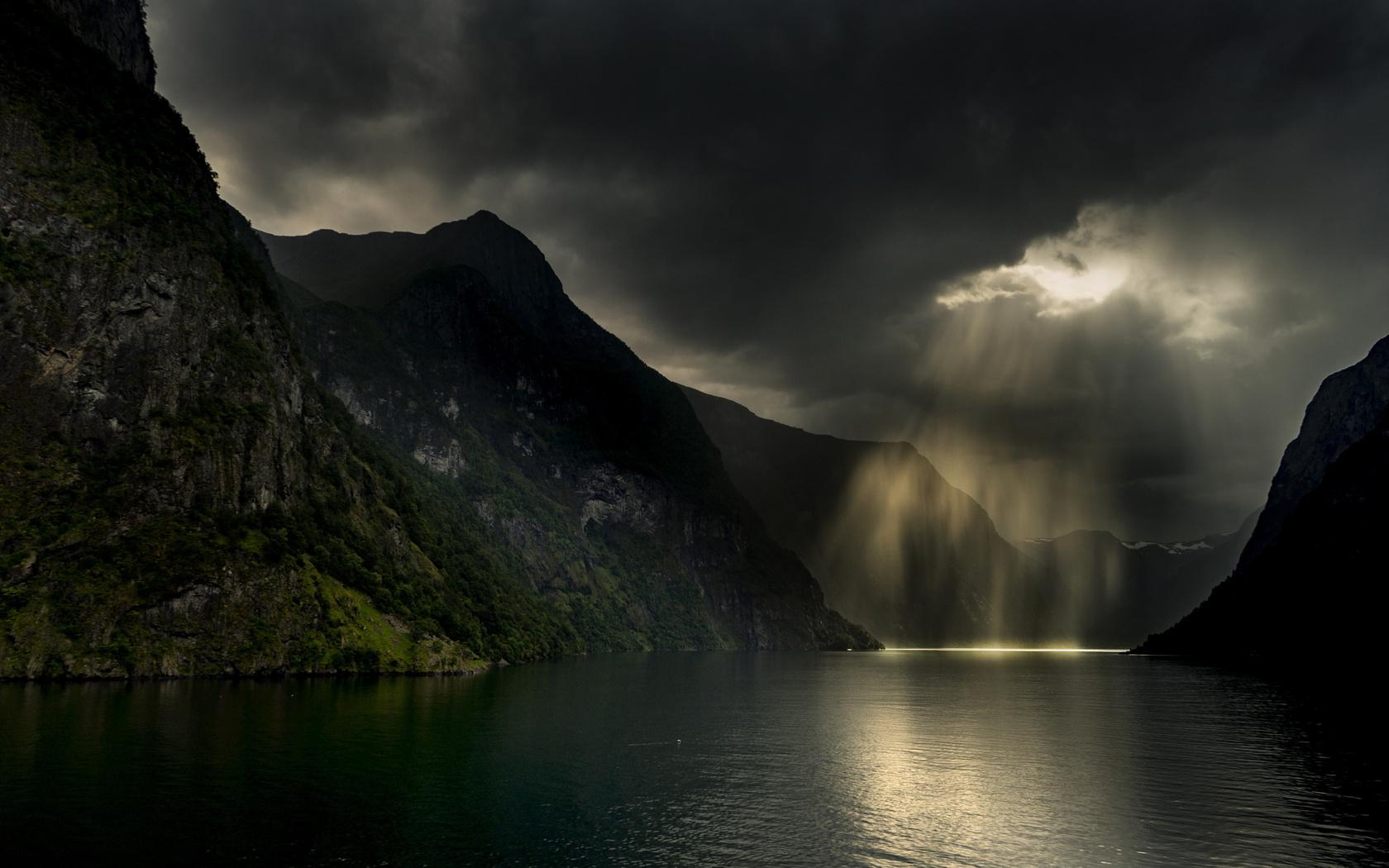 природа, горы, пасмурно, лучи, солнца, норвегия, фьорд