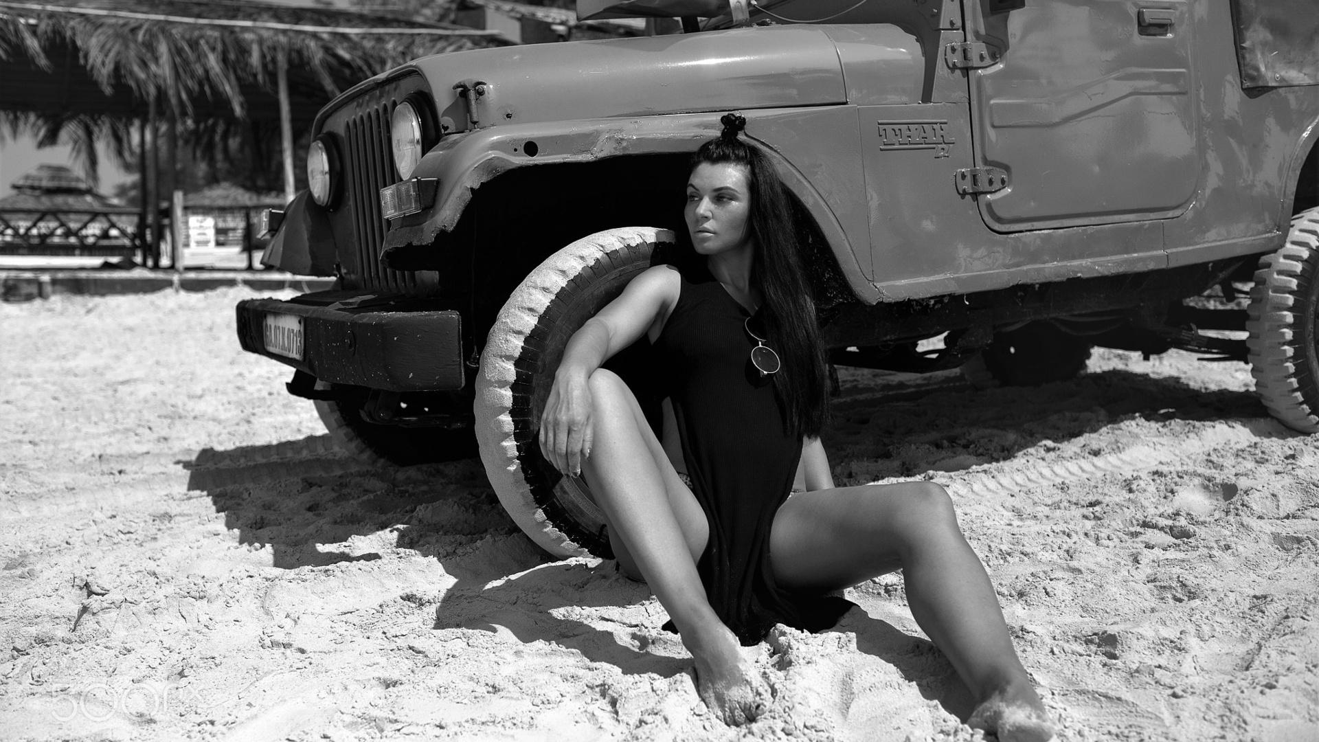 jeep, девушка, песок