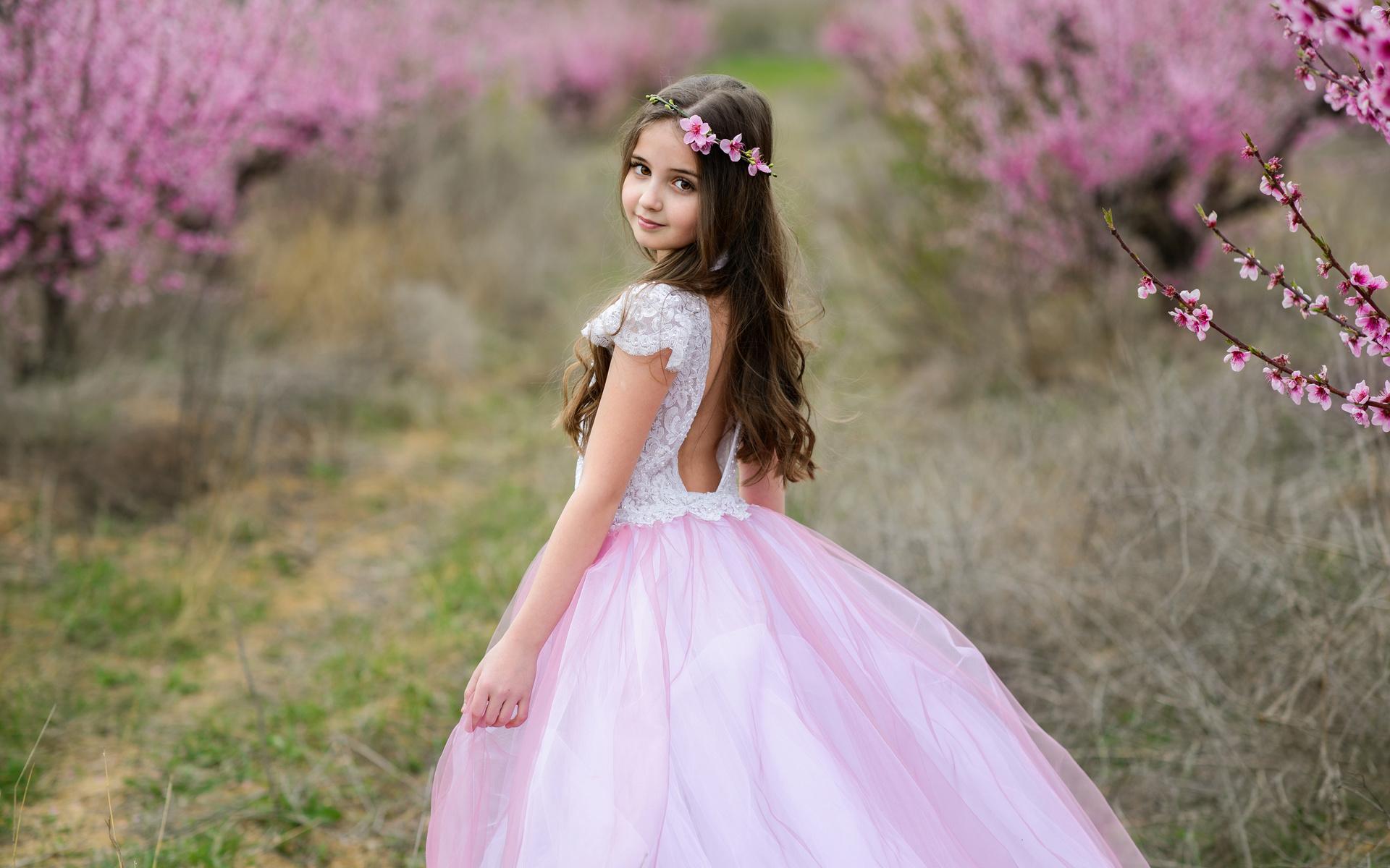 ребёнок, платья, девочка, смотрит