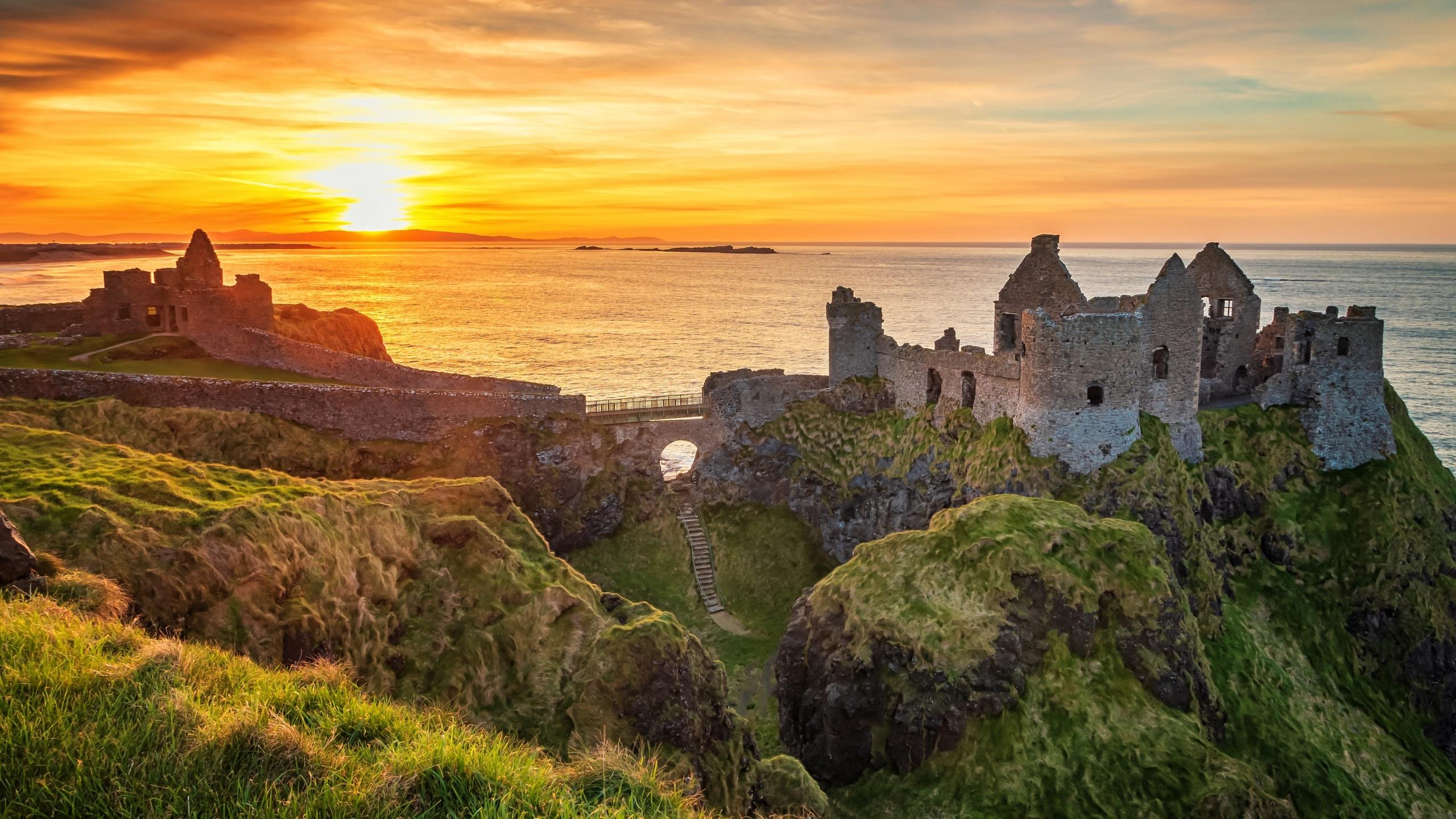 море, пейзаж, закат, природа, скалы, руины, ирландия, замок данлюс, dunluce castle