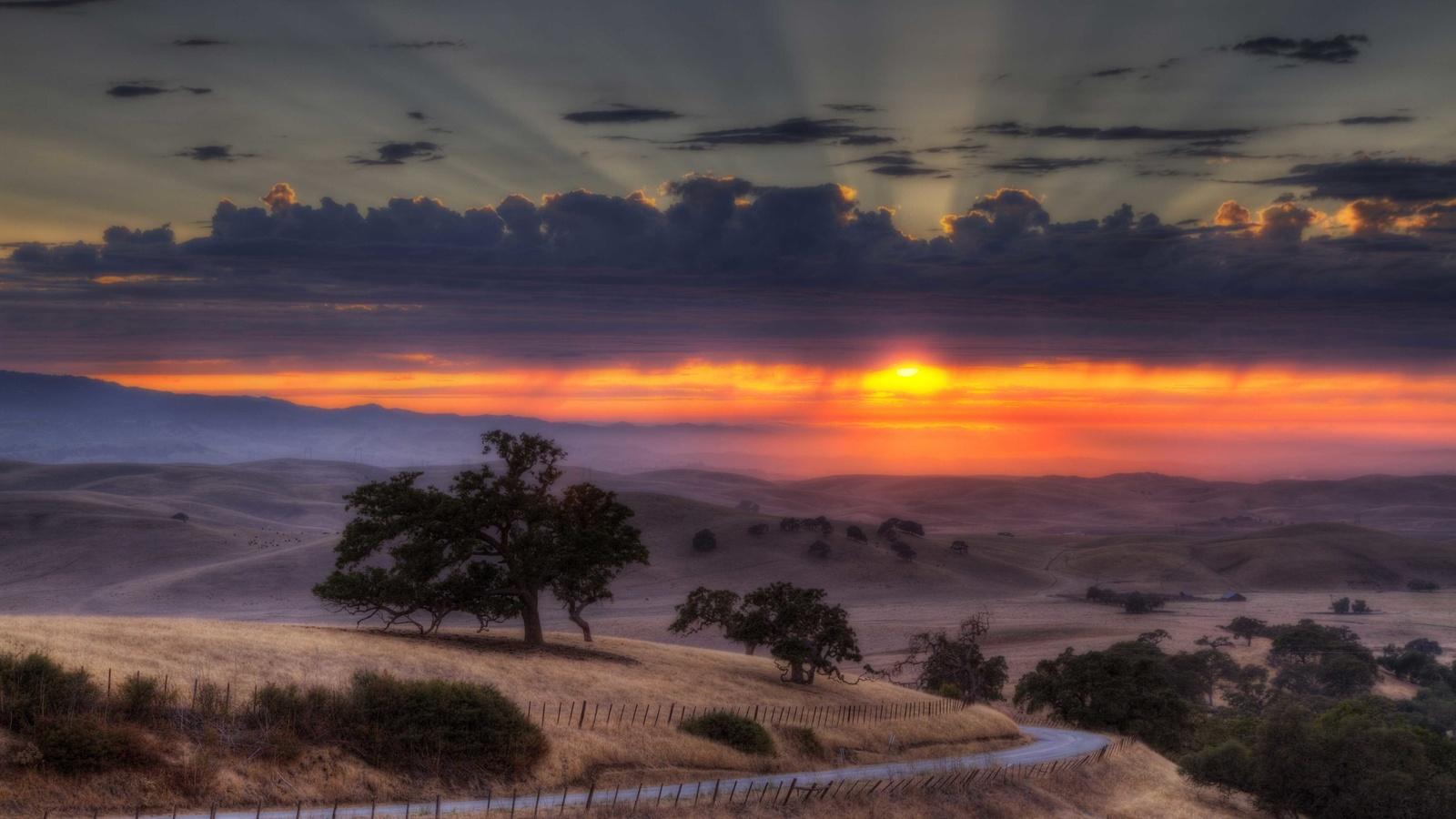 горизонт, облака, забор, долина