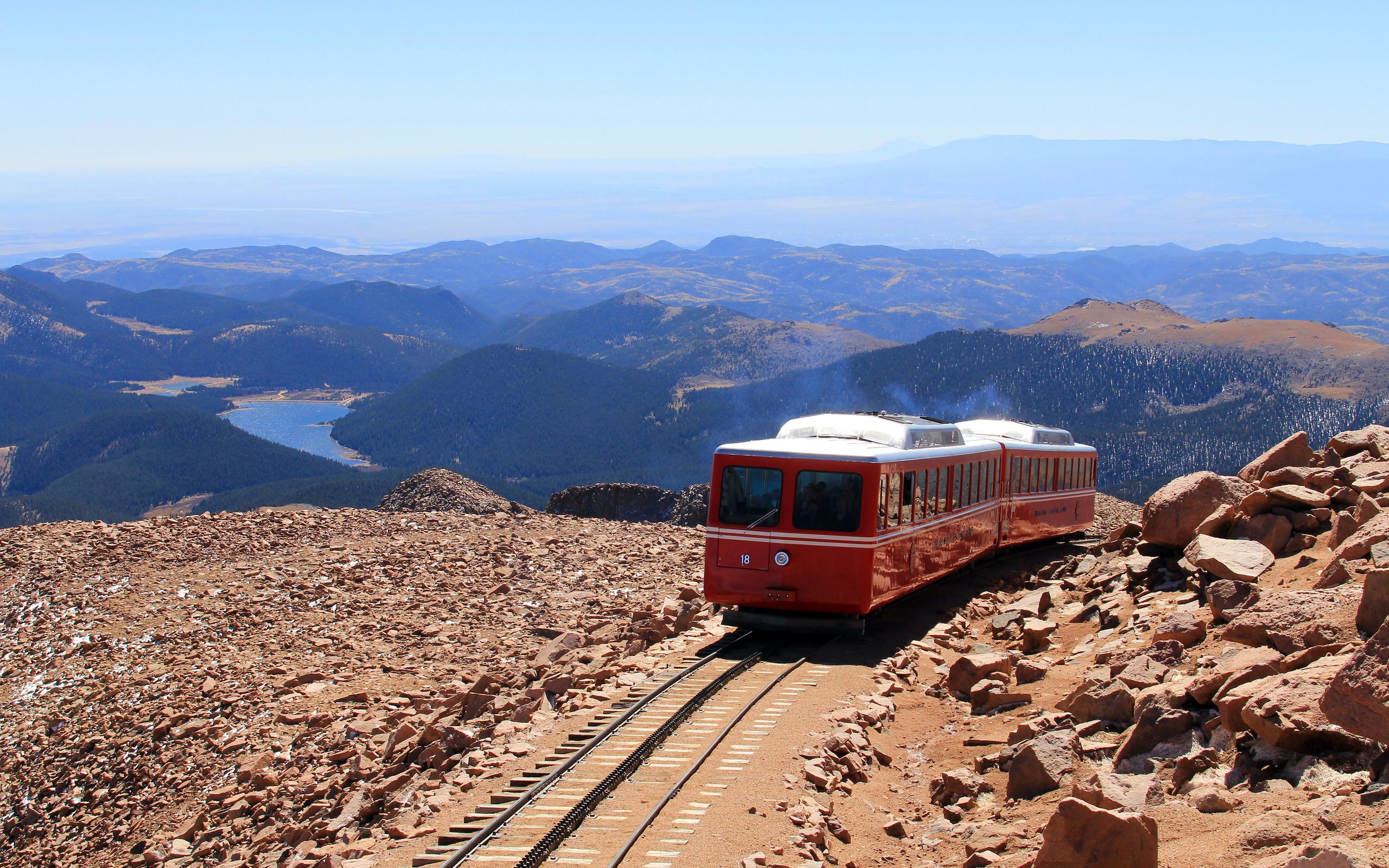 горы, рельсы, поезд