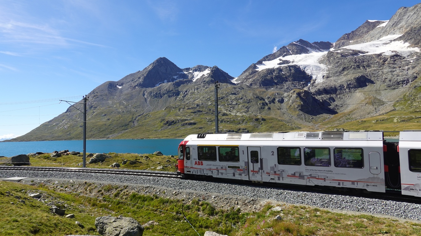 поезд, озеро, горы, альпы