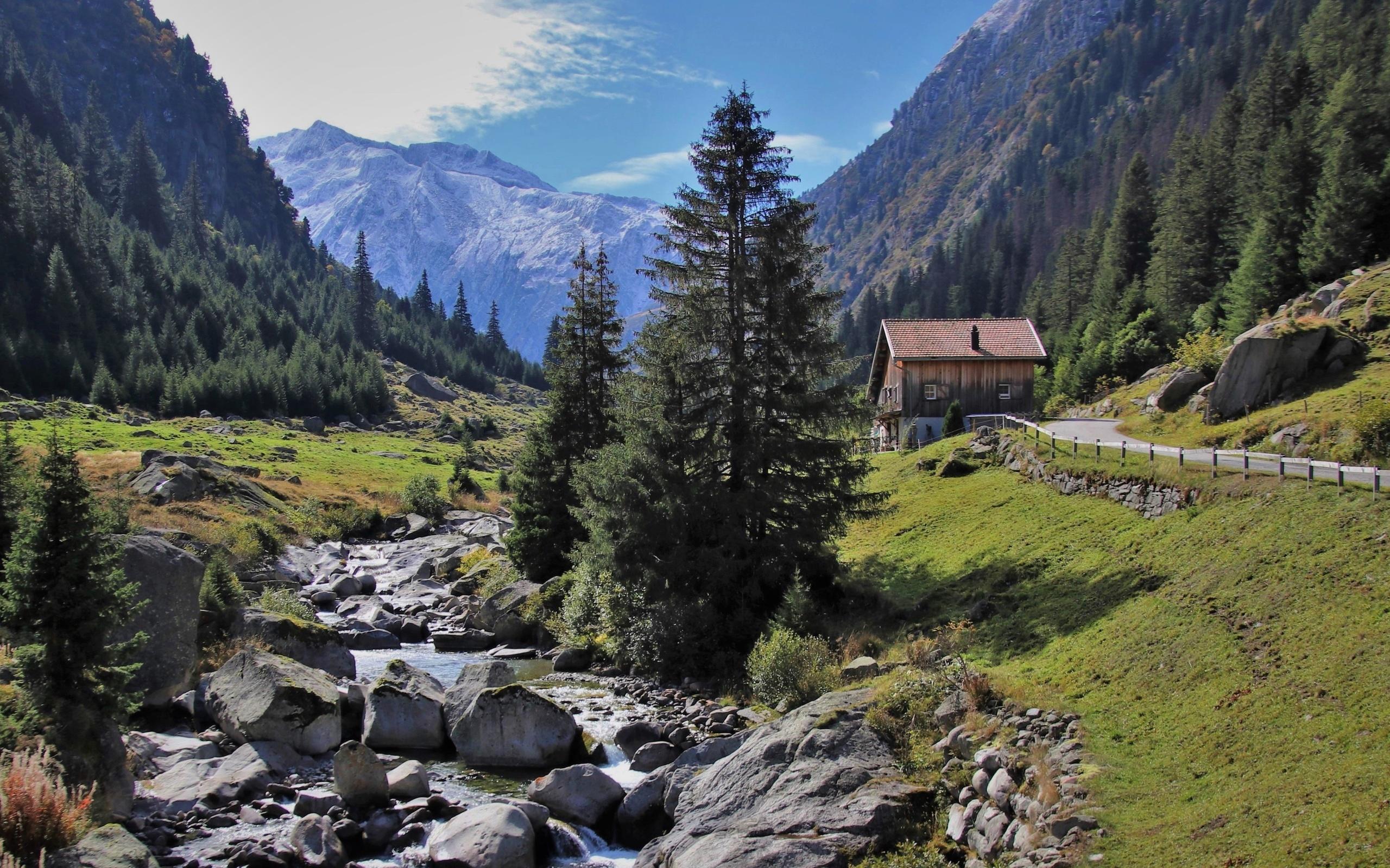 домик, горы, деревья, камни