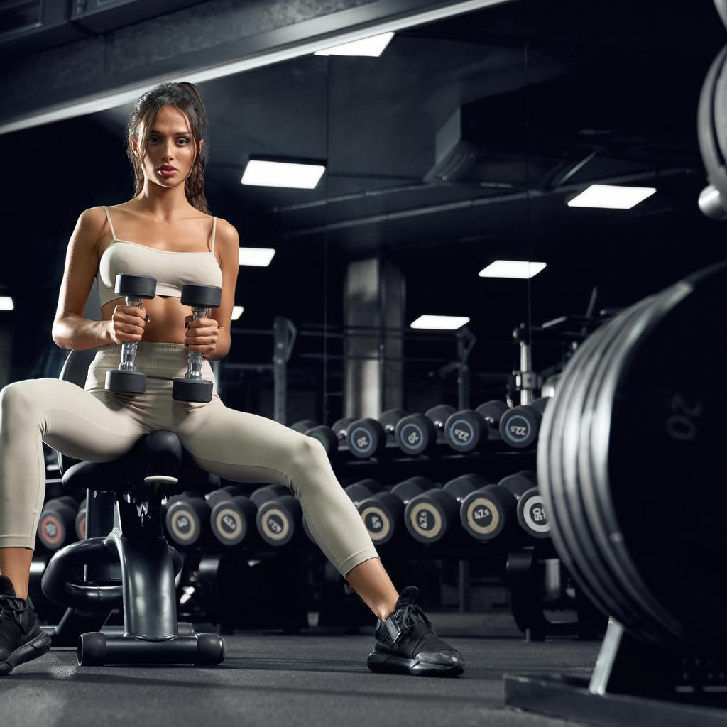 фитнесс, девушка, спорт, гантели