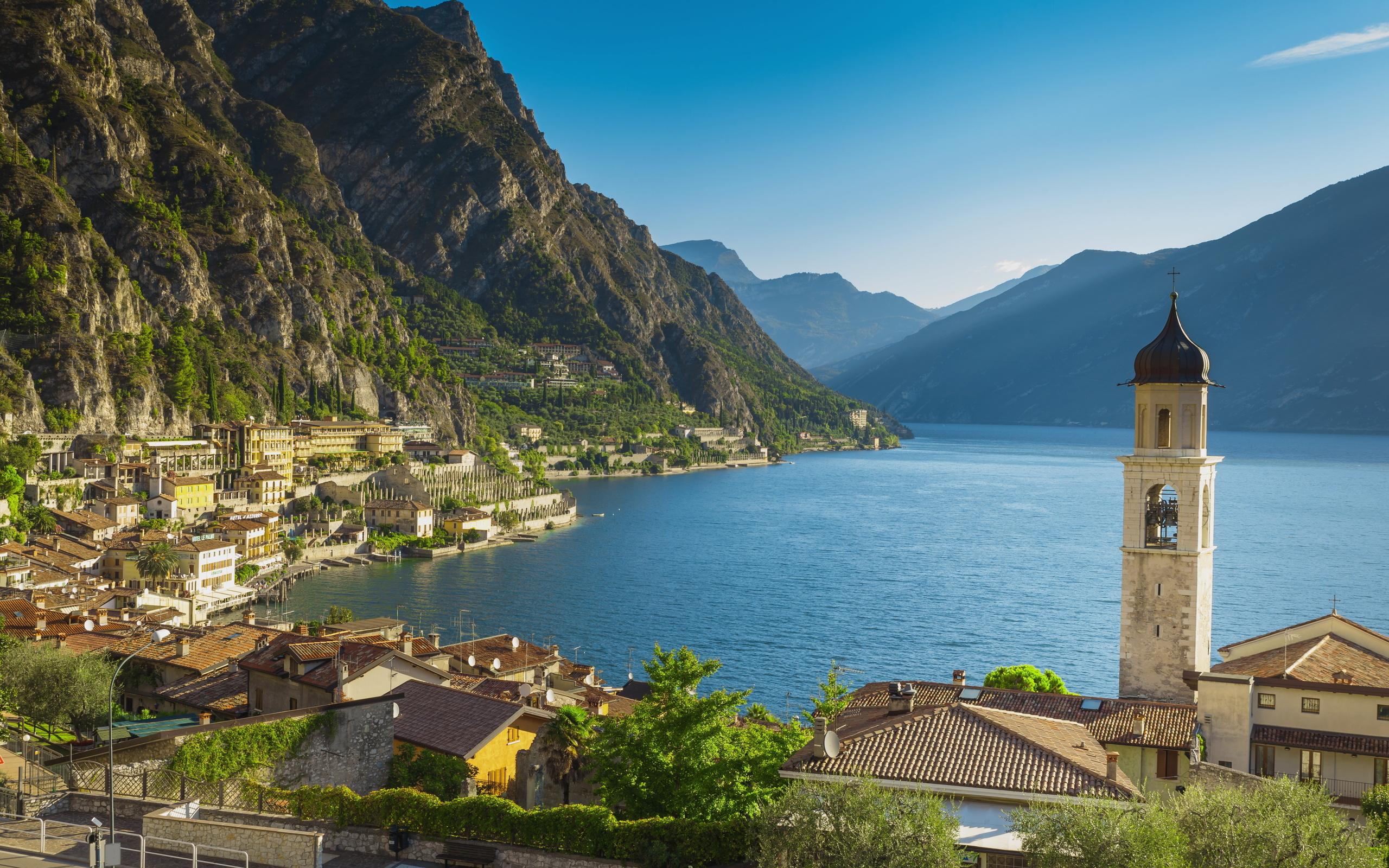 италия, озеро, побережье, горы, церковь, lake, garda, альпы, город