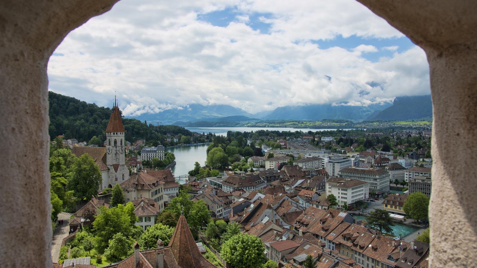 швейцария, дома, озеро, tun, tun, lake, окно, город