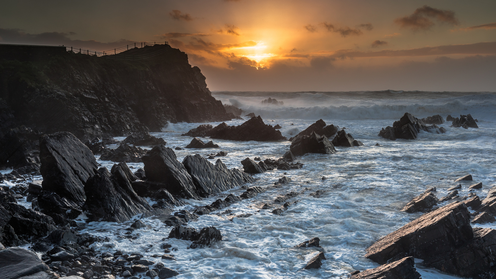 закат, море, скалы, волны, пейзаж