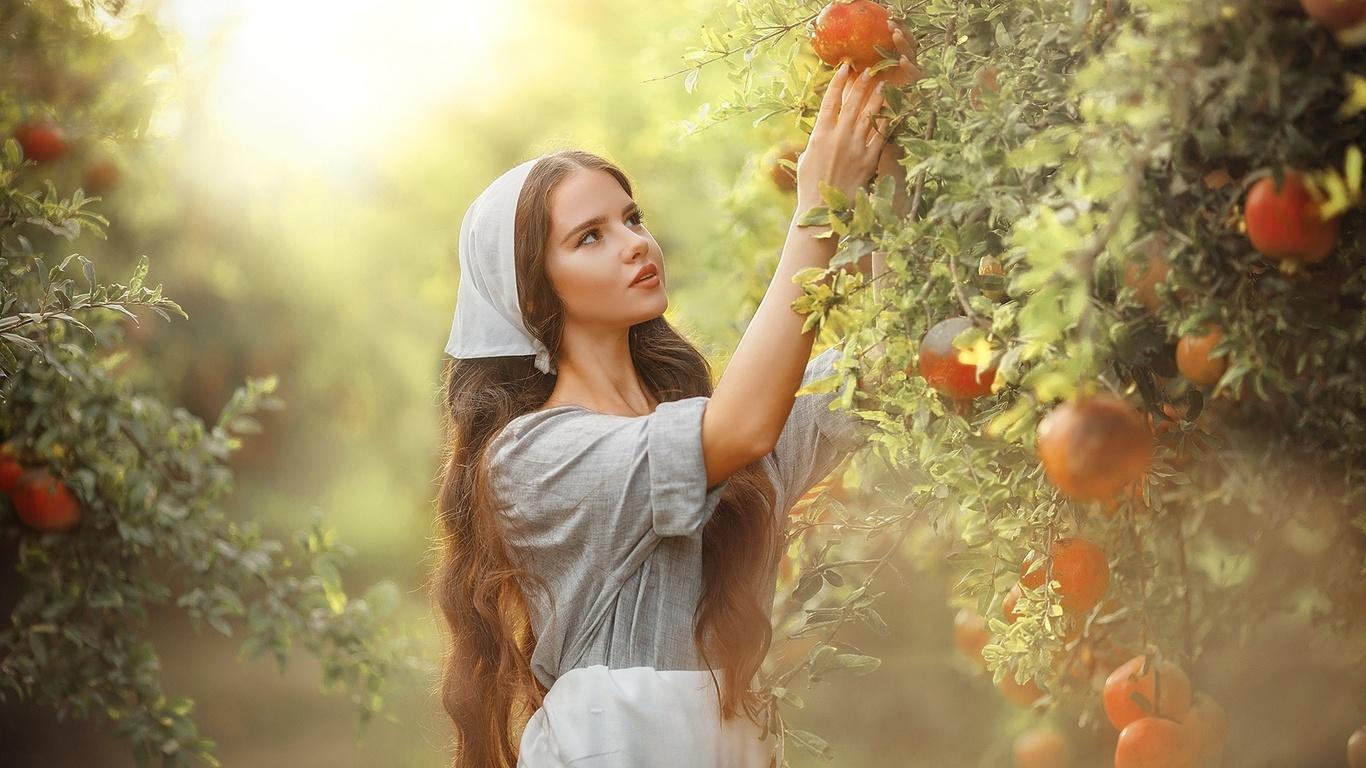 девушка, длинные волосы, фрукты