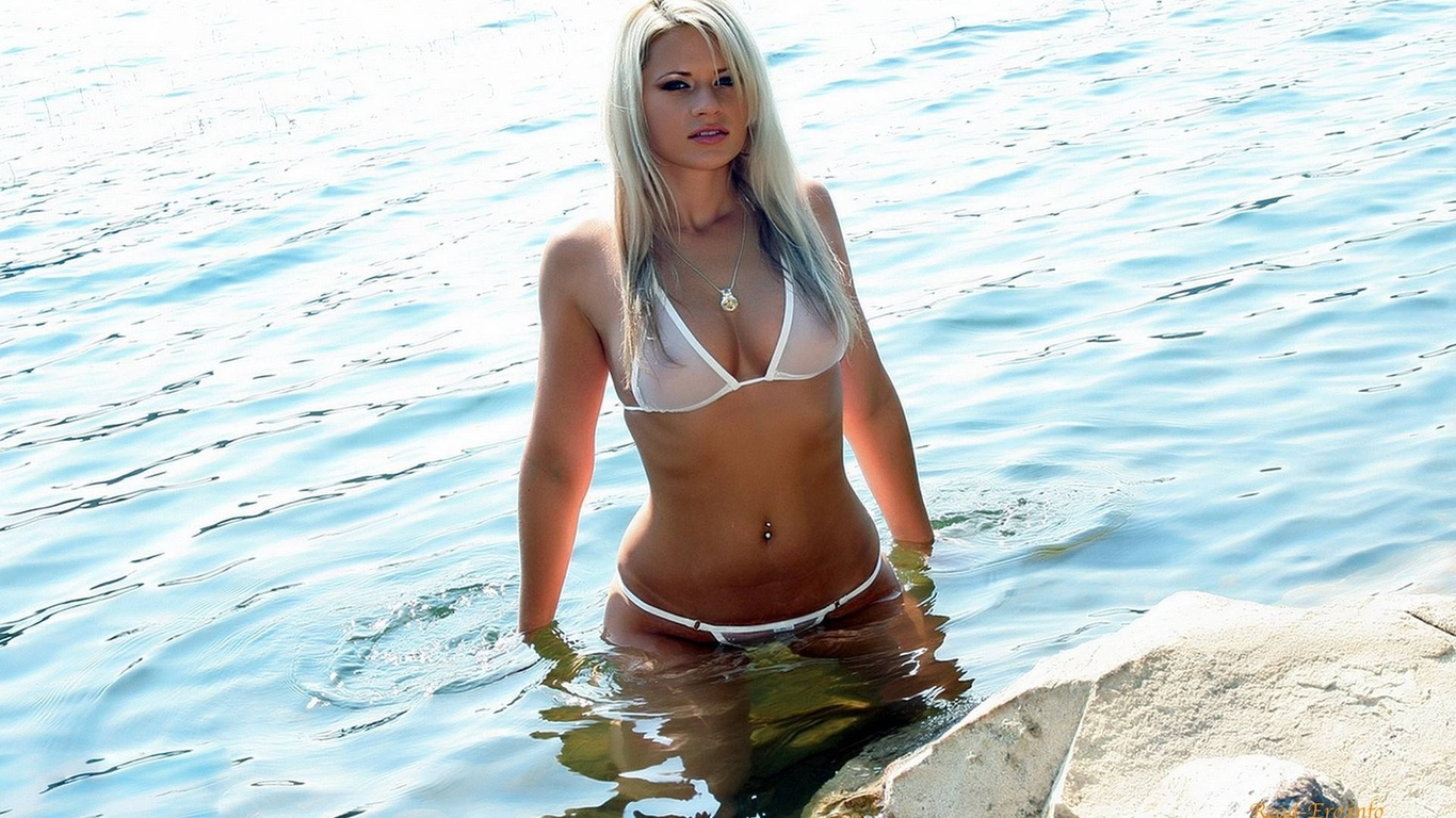 samaya-seksualnaya-devushka-planeti-foto