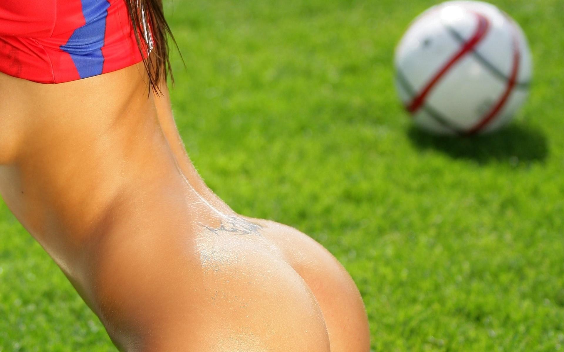 Футбол девушки эротика 6 фотография