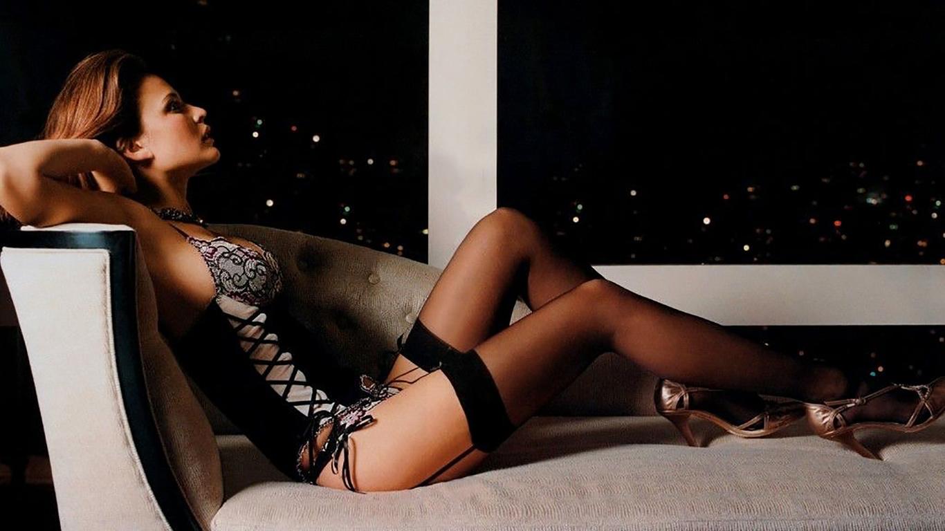 Сескуальная девушка в колготках онлайн 28 фотография