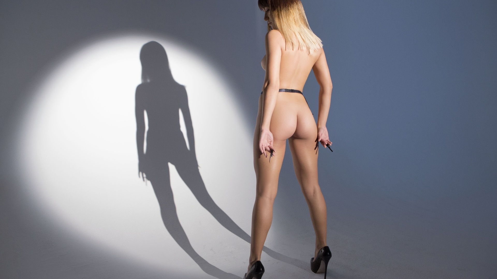 Nude girl shadow wallpaper exposed pics