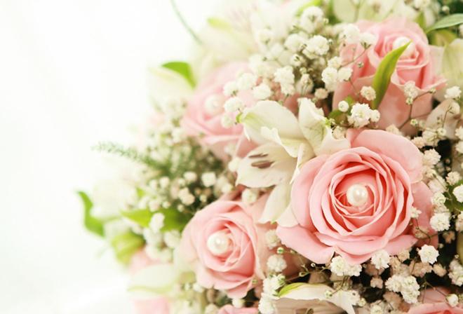 Букет белые лилии розовые розы цветы