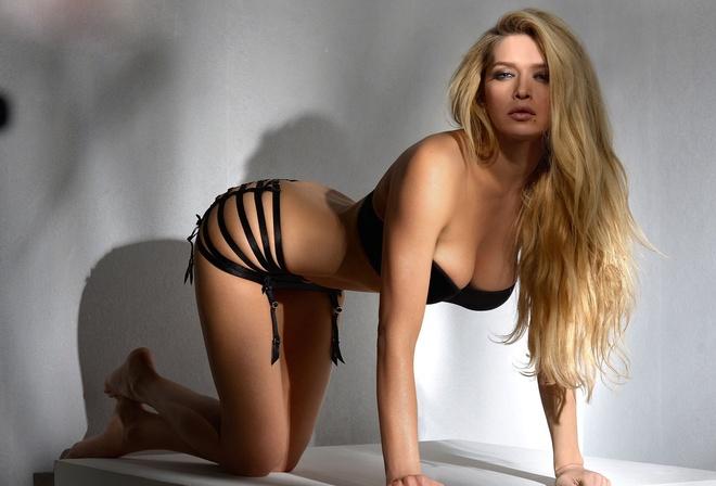 eroticheskoe-foto-devushek-belebey