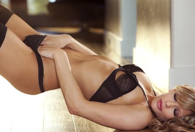 Красивые девушки в эротическом нижнем белье картинки