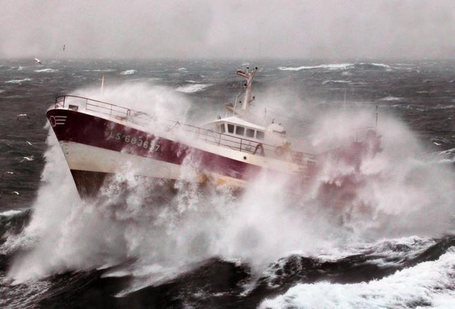 как попасть на корабль рыболовный