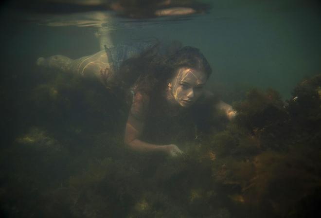 v-anal-pod-vodoy