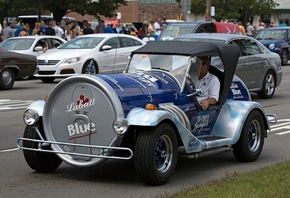 Labatt Blue, Custom, Car