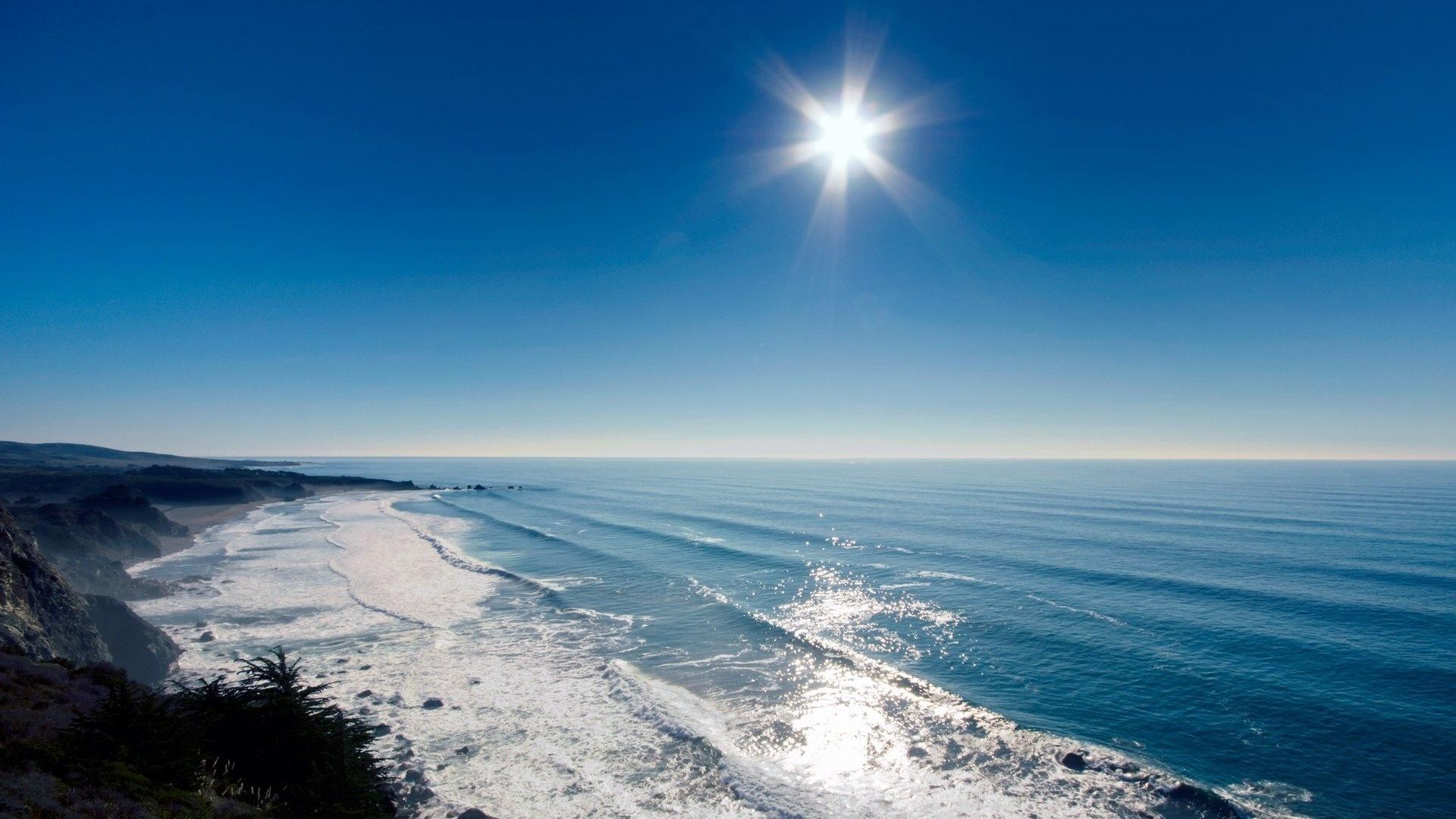 Обои океан яркое солнце чистое небо