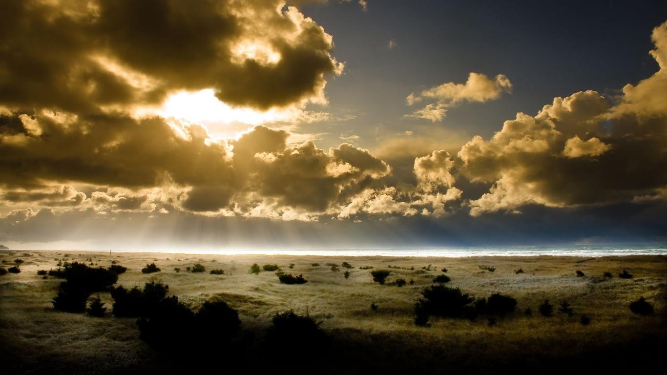 Із за хмаринок природа фото природа