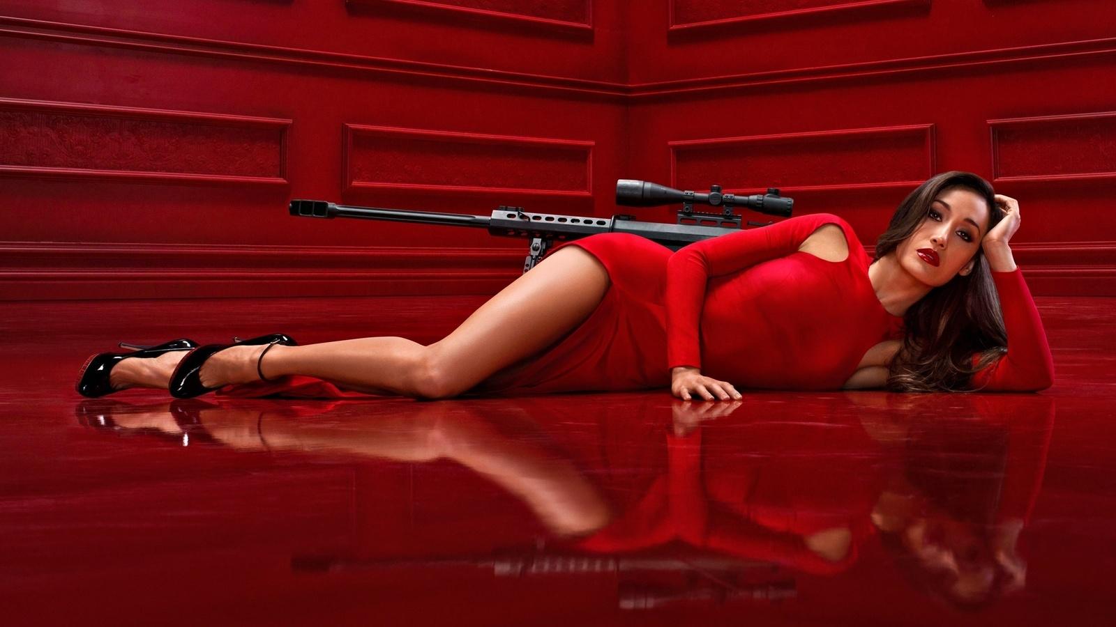 Секси девочки в красных 22 фотография