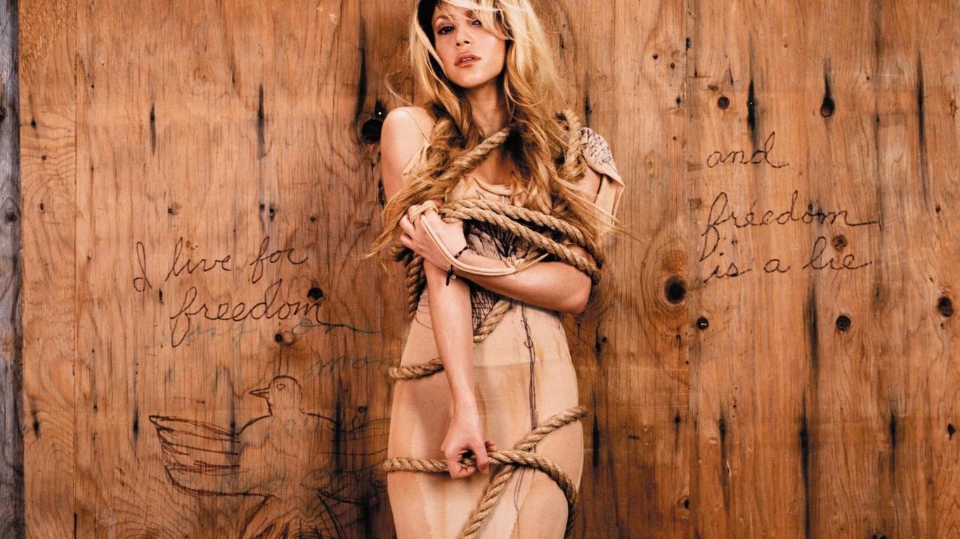 Связанные веревкой блондинки фото 8 фотография