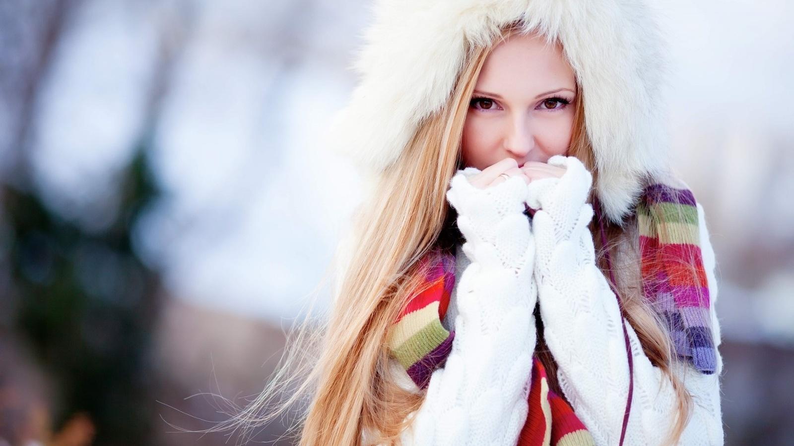 Фотографії блондинок і зима 19 фотография