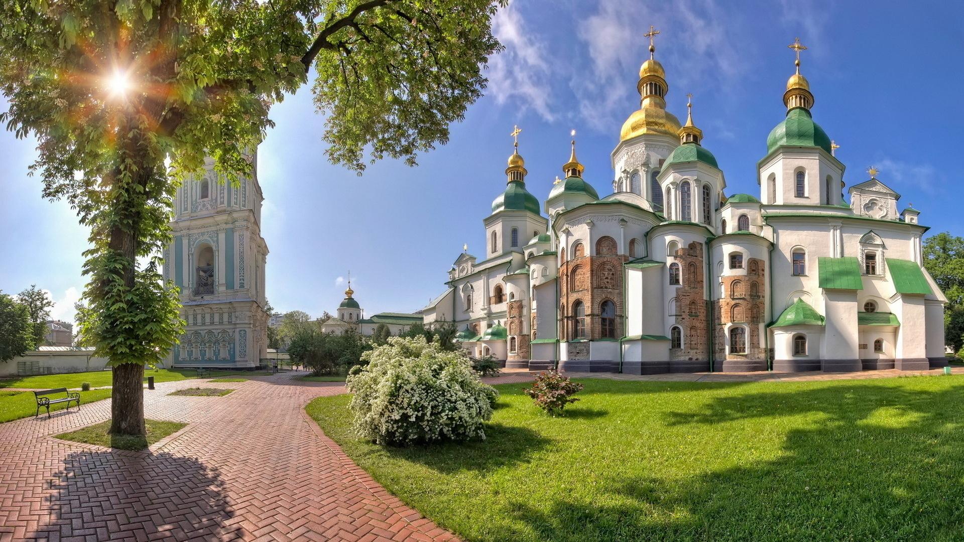 http://www.nastol.com.ua/pic/201301/1920x1080/nastol.com.ua-39350.jpg