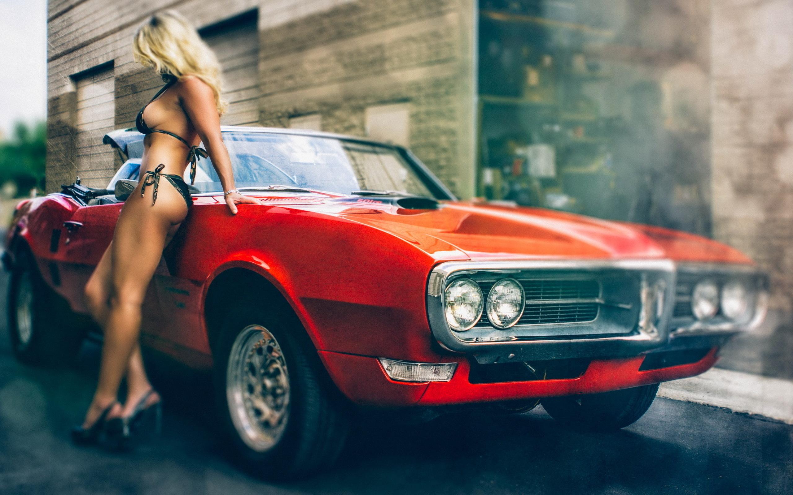 Фото девушки и автомобили 10 фотография