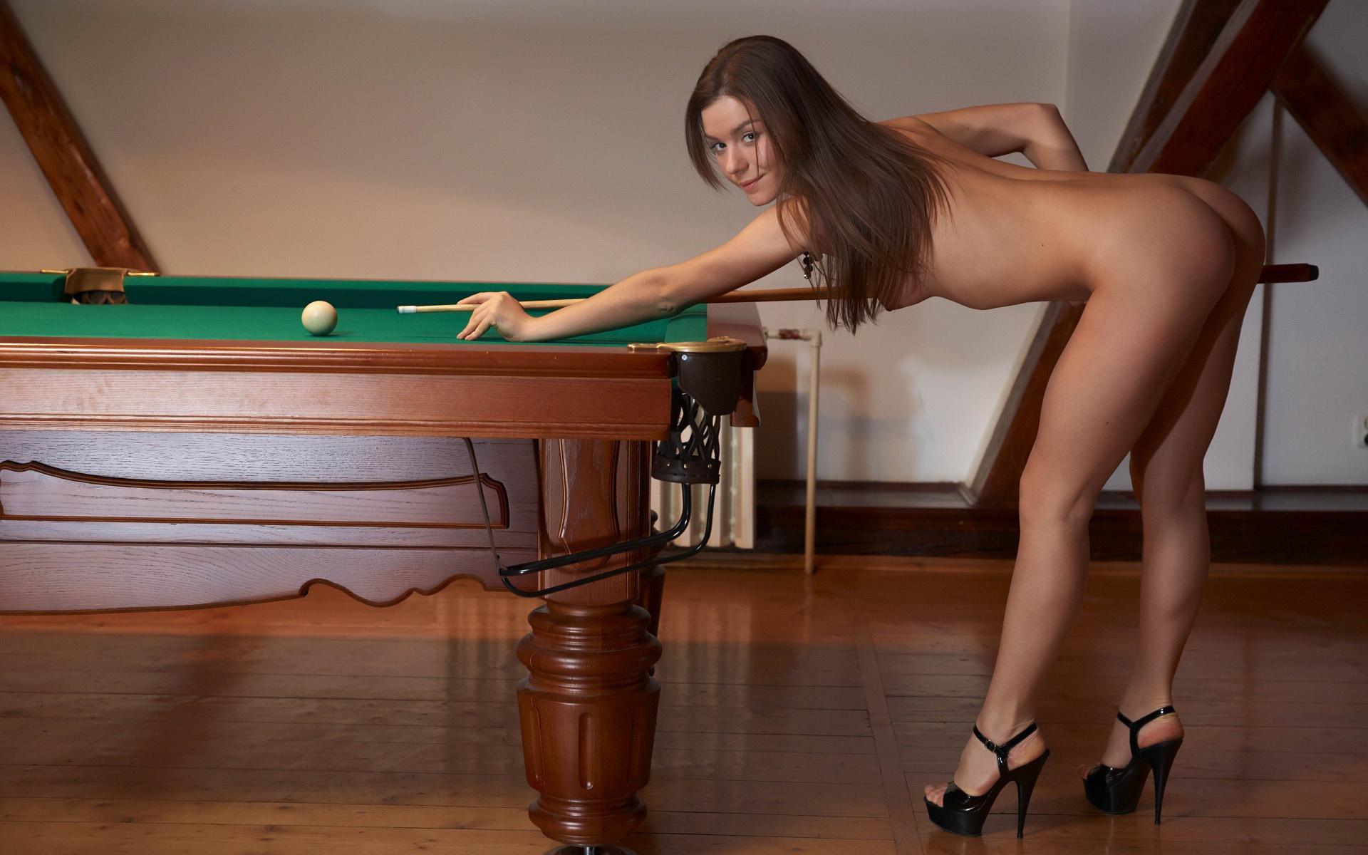Игры голые попы фото 710-251