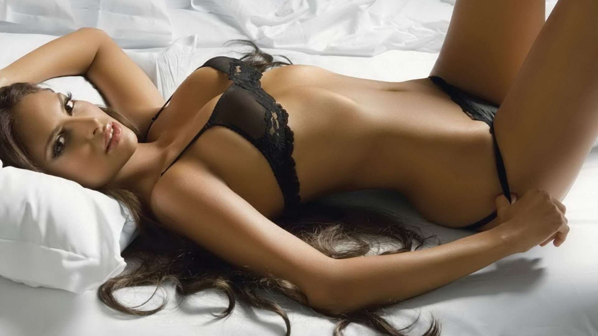 Сексуални девчка каптинка 16 фотография