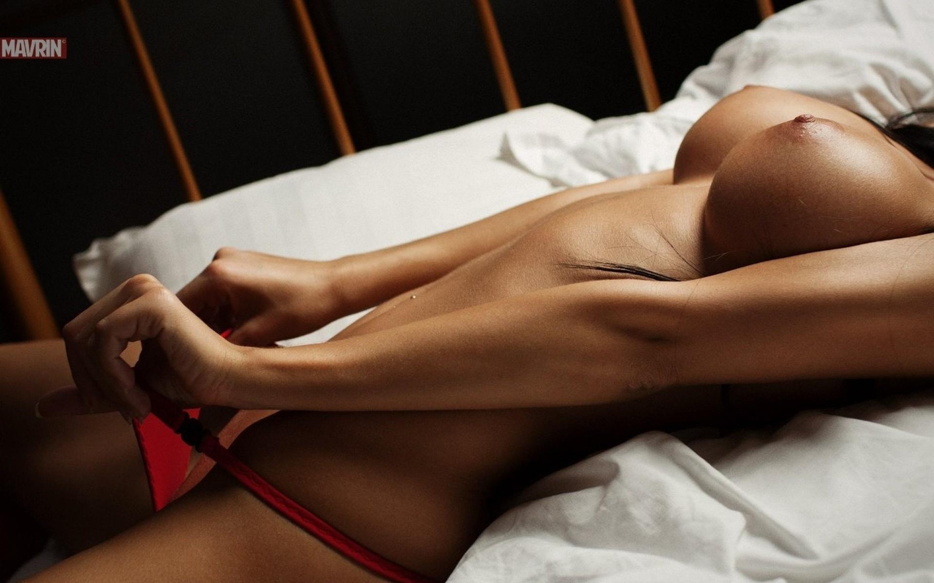 fotografii-samih-seksualnih-zhenskih-tel