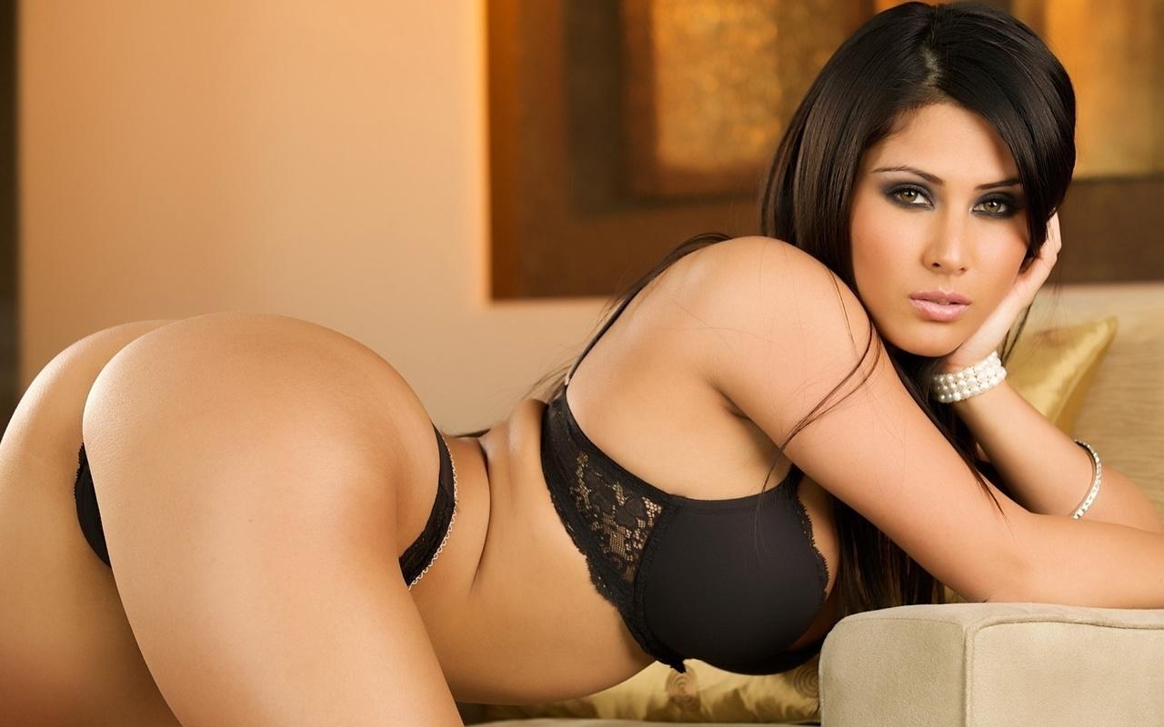 Фото красивых сексуальных девушек с большими сиськами и попами 5 фотография