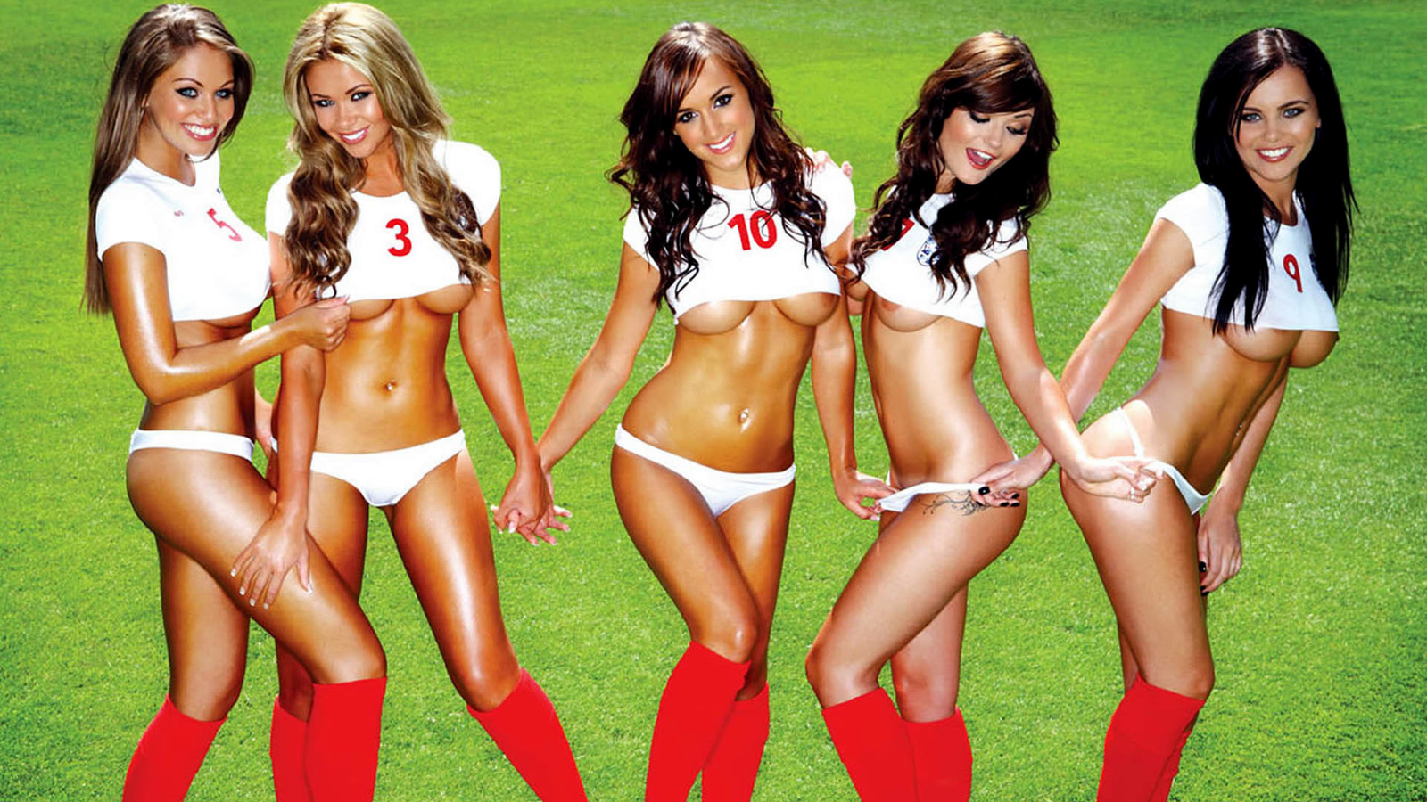 Смотреть порно про женскую футбольную команду 21 фотография