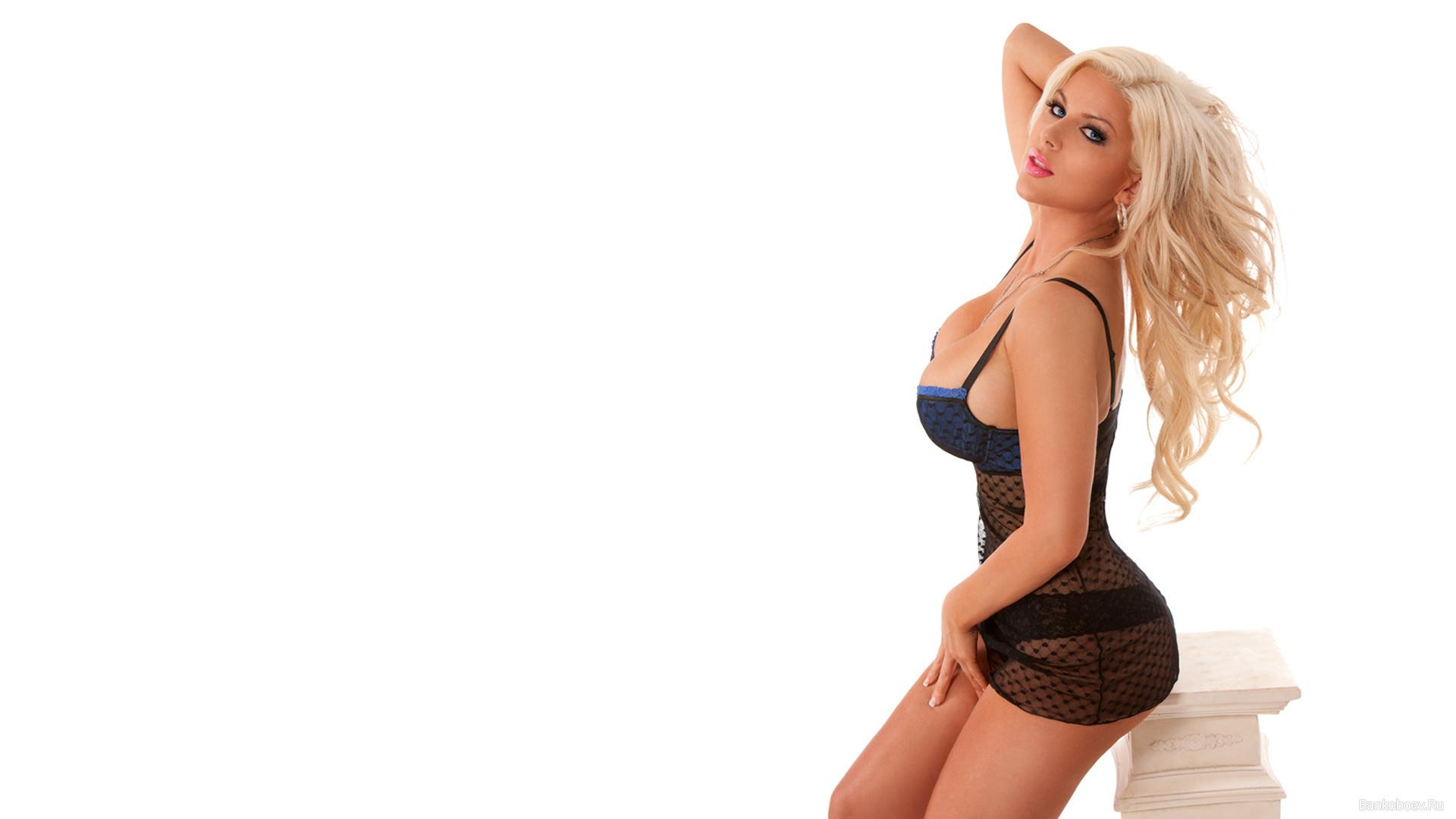 Фото блондинки с шикарной фигурой 20 фотография