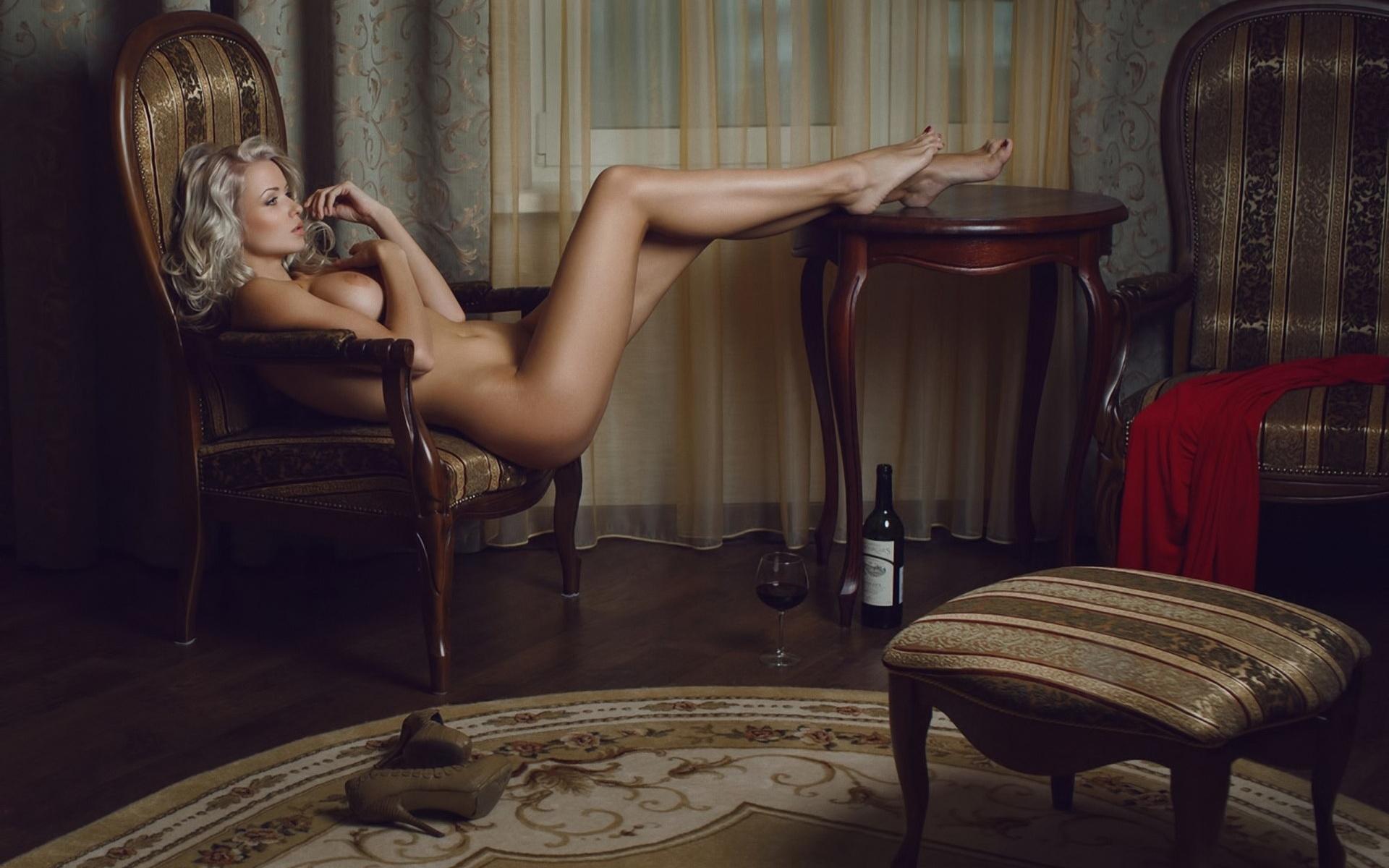 Сэксуальные девушки с мощными ногами 12 фотография