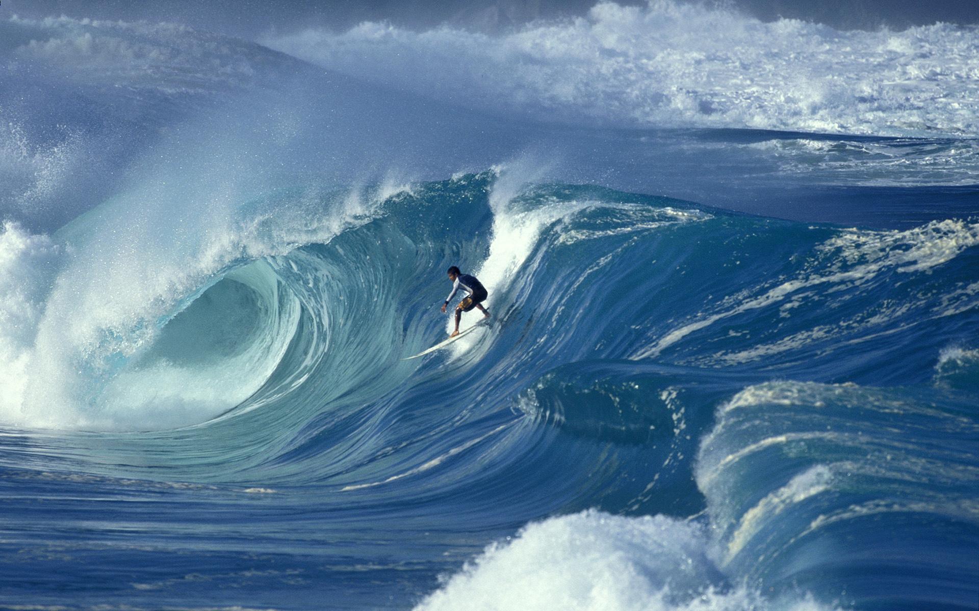 морские волны ловят руками