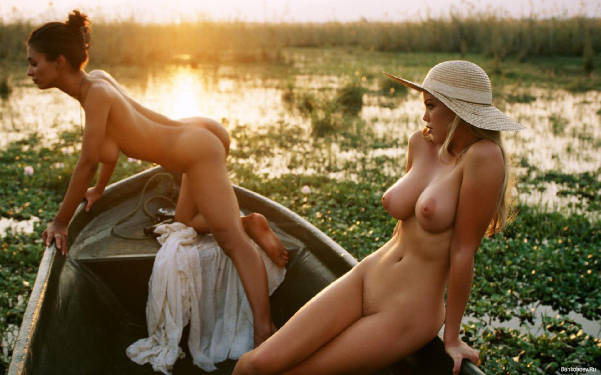 Фото голых жен на рыбалке 21 фотография