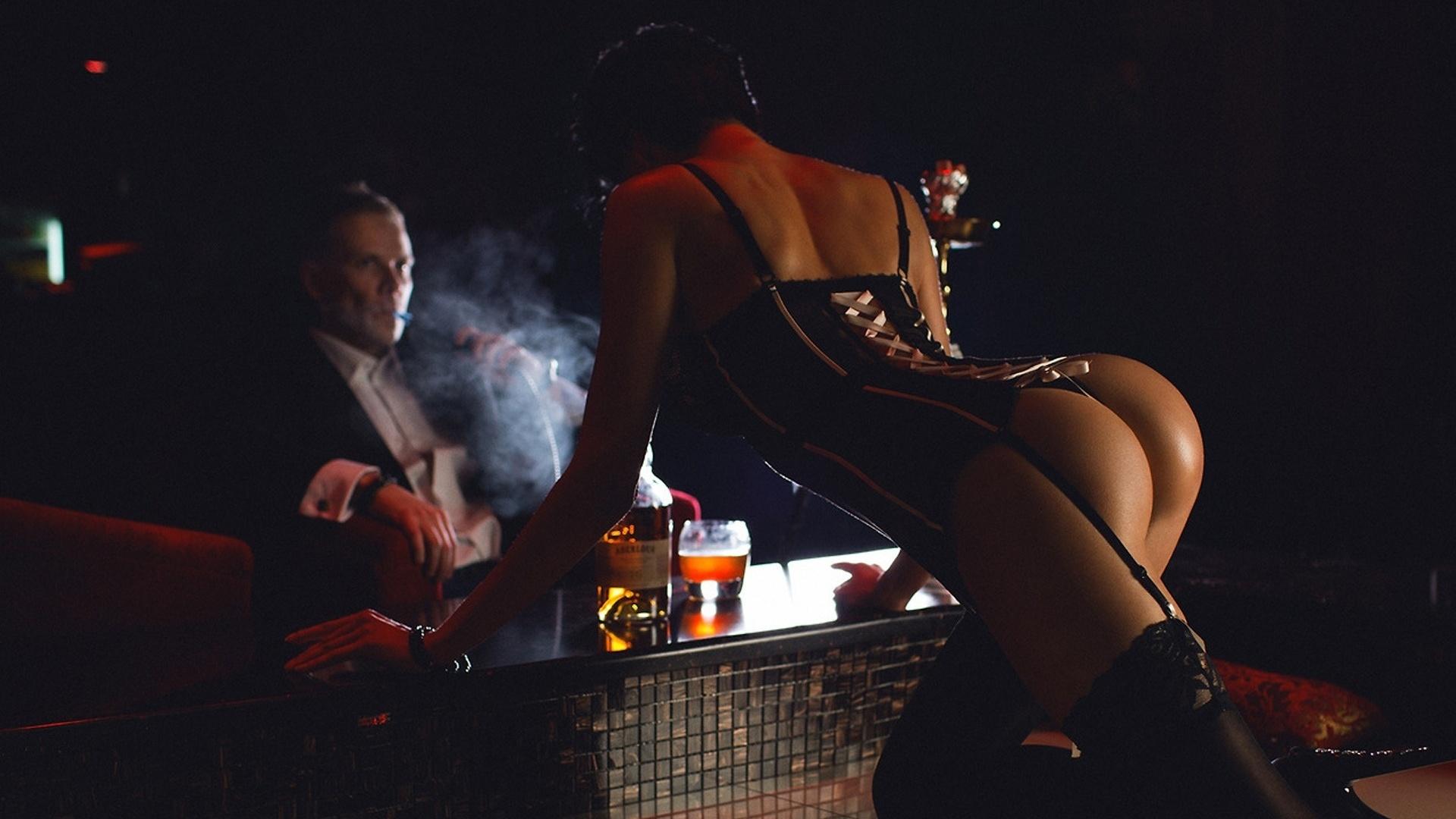 Фото мужчин в стриптиз баре 7 фотография